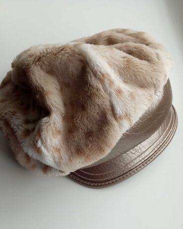 Шляпка-кепка осінь-весна