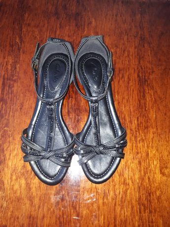 Clarks босоножки босоніжки сандали сандалі geox ecco
