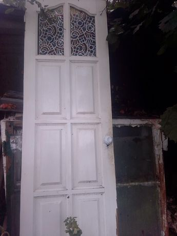 Межкомнатные двери  500 р