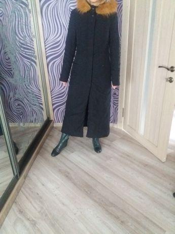 Продам пальто демисезонное б/у