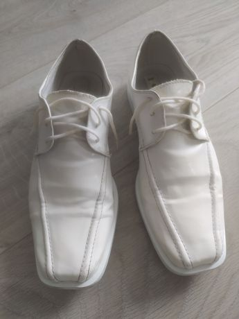 Buty białe komunia 36