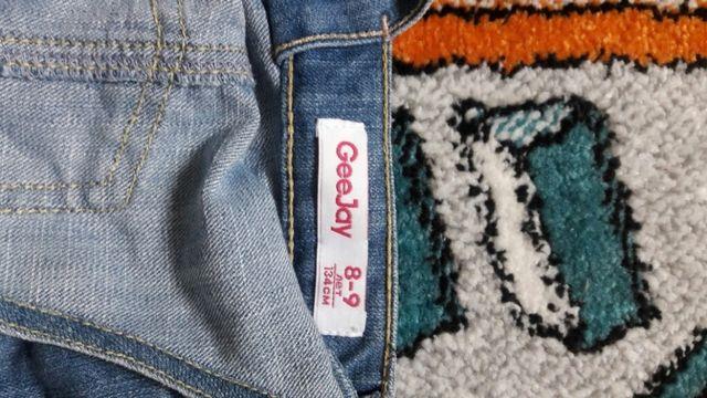 Комбинезон на 8-9 лет,джинсы