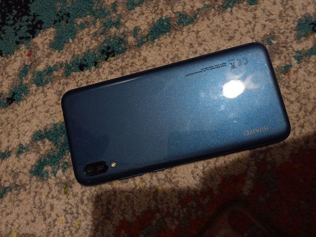 Продам телефон Huawei Y6 2019