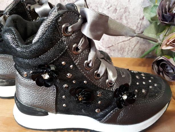 Ботинки (чобітки) демисезонные для девочки
