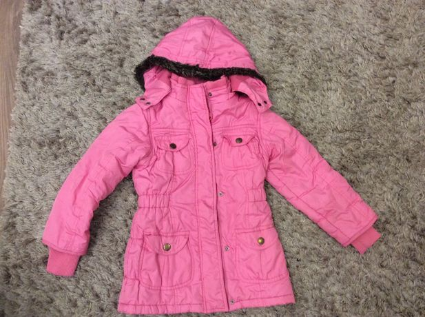 Куртка осень 5-7 лет.