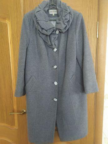 Пальто осень-зима большого размера