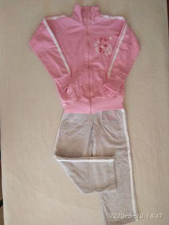 Новый спортивный костюм для девочки в школу на рост 122 см