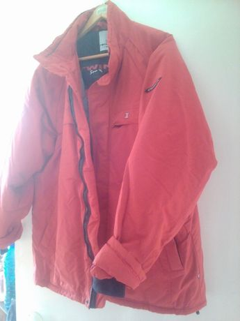 Куртка чол\жін червона (L)TWINLIFE,  водовідштовхувальний матеріал