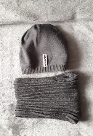 Komplet: czapka i komin