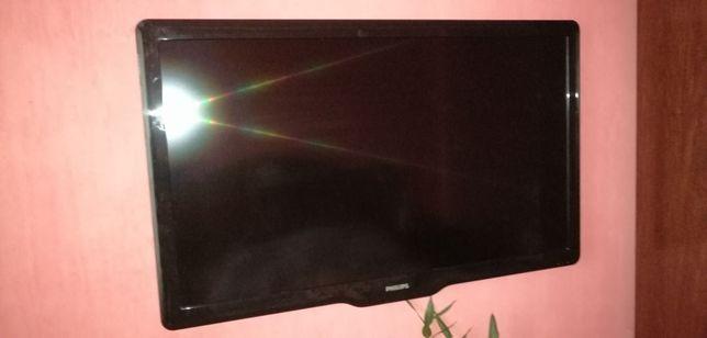 Продам телевизор Philips 47 на запчасти.