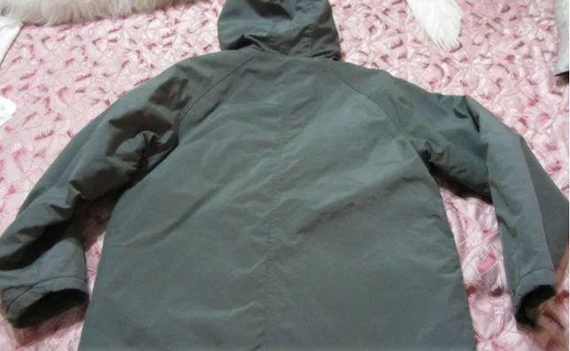Куртка на мальчика 10- 11 лет, осень-весна, на сентапоне идеальная