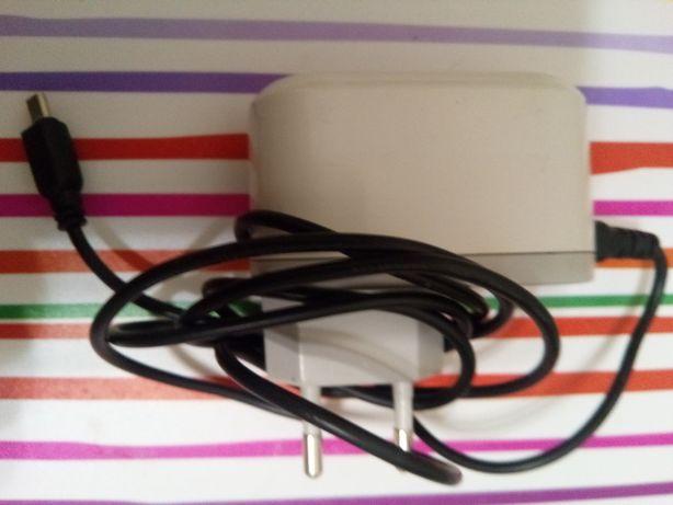 Зарядное устройство и кабель передачи данных для Samsung YP-T8