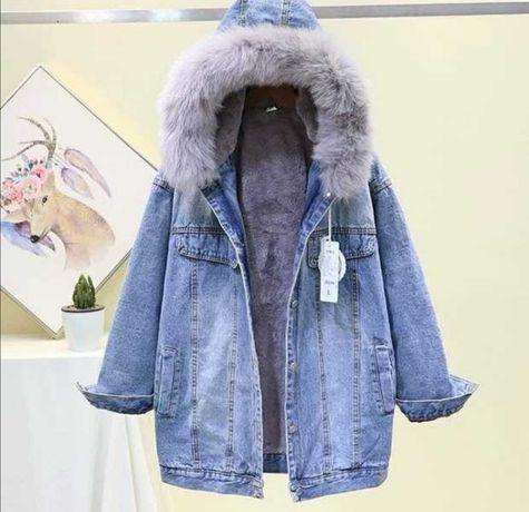 Джинсовая утепленная куртка с натуральным мехом