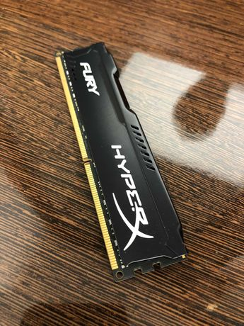 ОЗУ Kingston HyperX DDR3 8GB 1866MHz Fury Black HX318C10FBK2