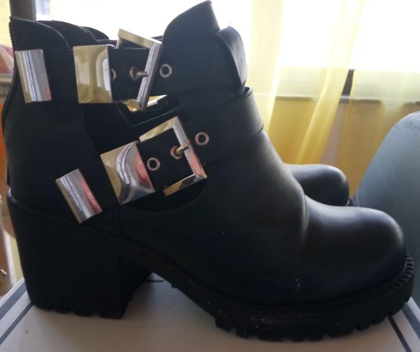 Sapatos pretos Beja (Santiago Maior E São João Baptista) - imagem 1