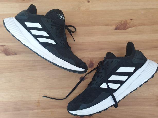 Ténis Adidas 42 Usados