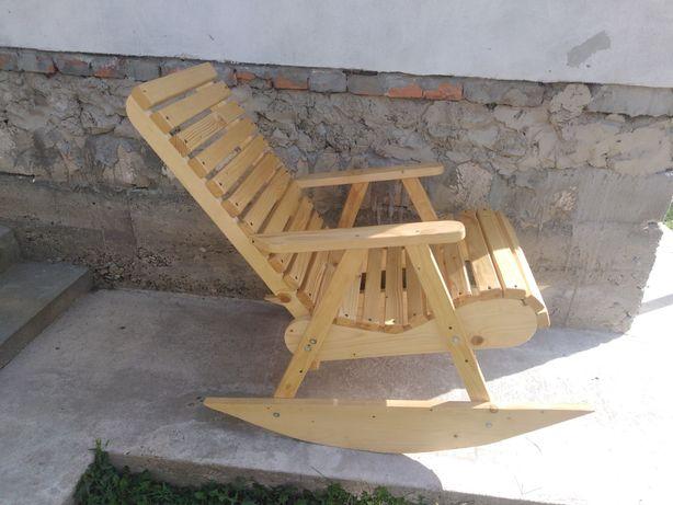 Продам кріслокачалку