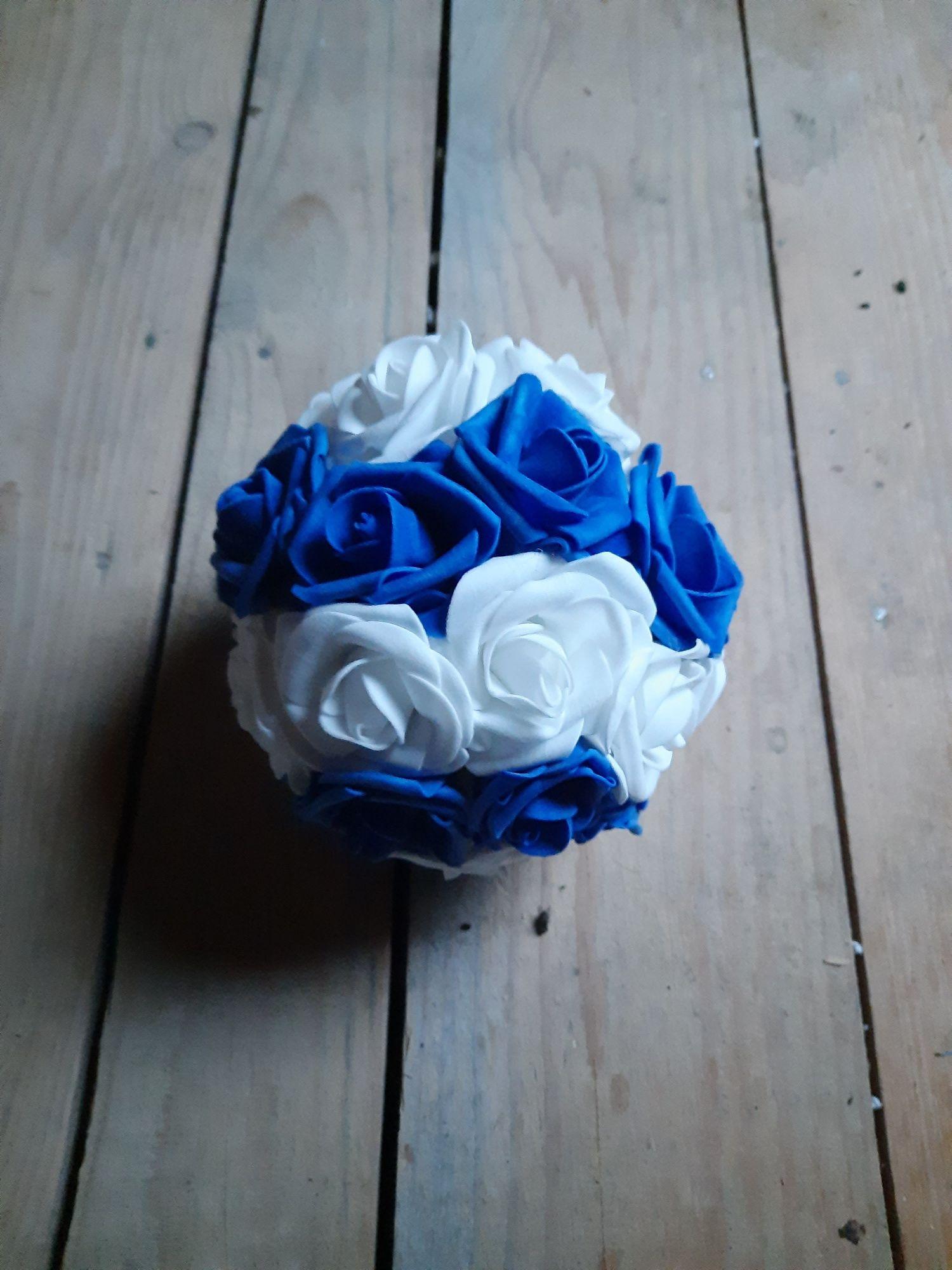 Kule z róż piankowych