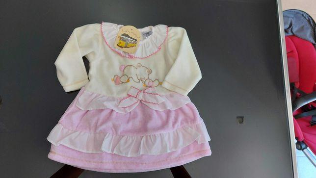 Vestido de bebé menina
