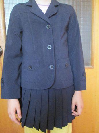 Шкільна форма для дівчинки. 128-134см. Комплект