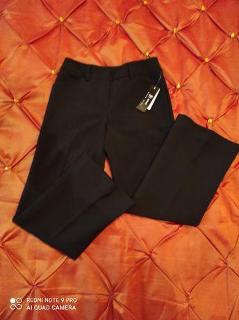 Новые чёрные брюки