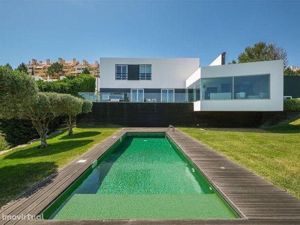 Belíssima casa contemporânea vista campo de golfe