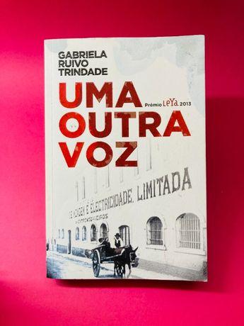 Uma Outra Voz - Gabriela Ruivo Trindade