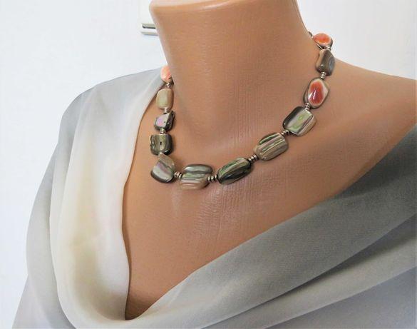 Naszyjnik z naturalnej masy perłowej