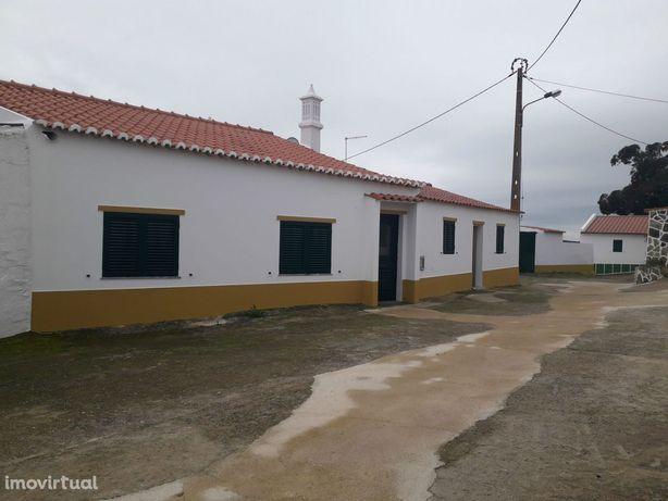 Moradia T3 Venda em São Miguel do Pinheiro, São Pedro de Solis e São S