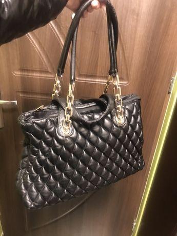Czarna pikowana torebka Gallantry Zara