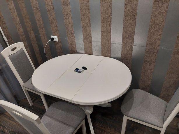 Кухонное мебел стол 3 стулья