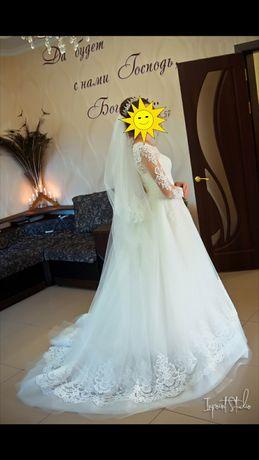 Весільна сукня, стан ідеальний)