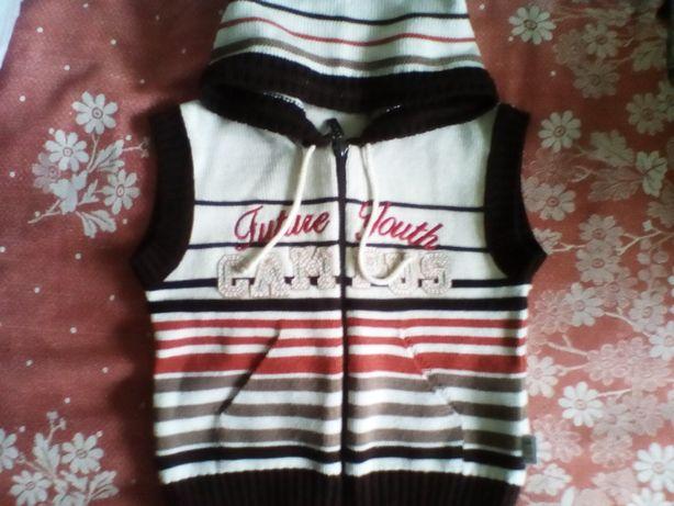 Комплект детский желетка и свитер