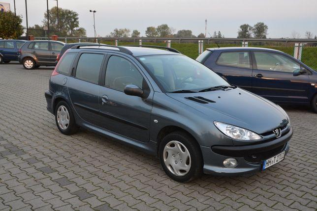 Peugeot 206 kombi. Mały przebieg klima opłacony