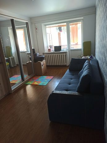 Продаю двокімнатну квартиру