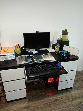 Biurko młodzieżowe komputerowe.