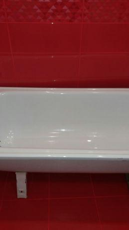 Акриловая ванна с ножками 170см 1200р