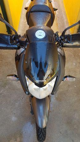 Honda CBF 125 Preta
