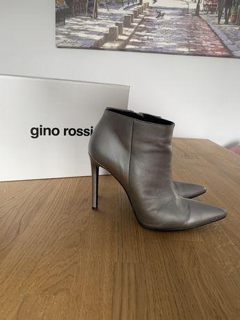 Botki na obcasie Gino Rossi srebrne 39