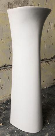 Postument pod umywalkę