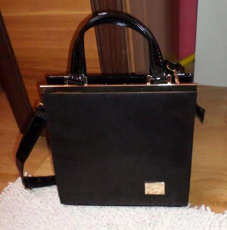 Nowa elegancka torebka lakierowana czarna na pasku lub do ręki