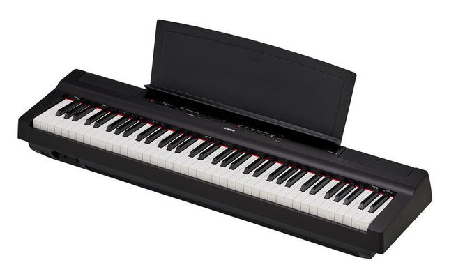 Yamaha P-121 B pianino cyfrowe stage piano (czarne)