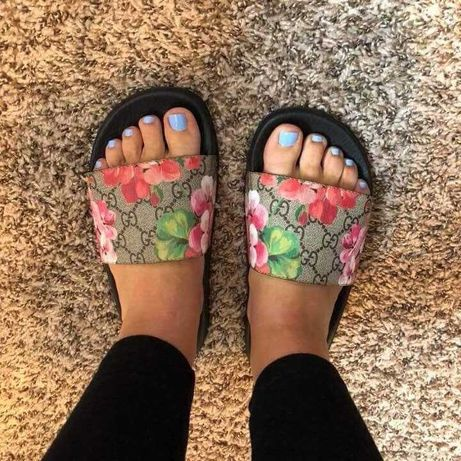 Gucci bloom chinelo