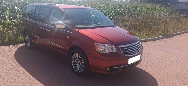 Bezwypadkowy Rocznicowy Chrysler Town & Country 2014 r b bogata wersja