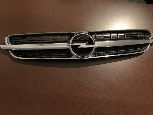 Grill atrapa Opel vectra C GTS 2003.r
