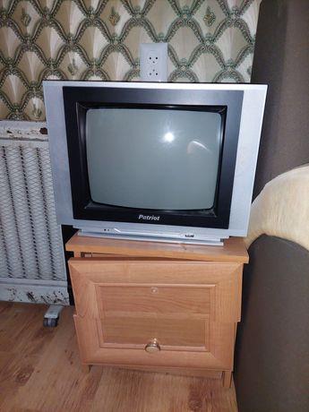 Телевизор цветной с пультом patriot патриот