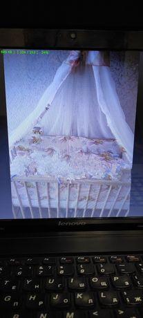 Дитяче ліжечко для немовляти