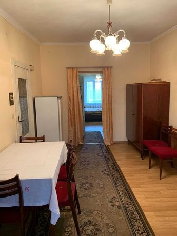 2-к. квартира, хрущовка,  вул. Шевченка 136, поряд з ТОЦ Легенда Клас