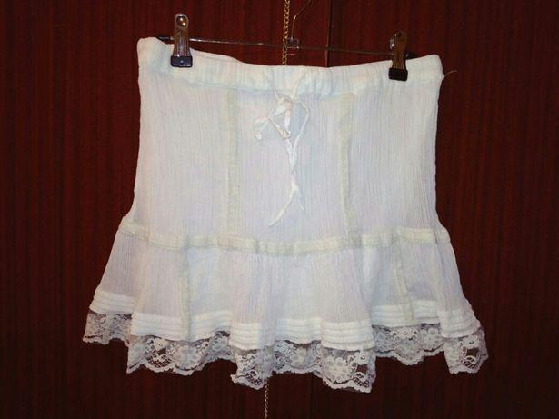 Белая юбка. Юбка с кружевом