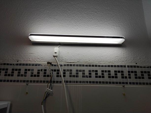 Luminária led casa de banho